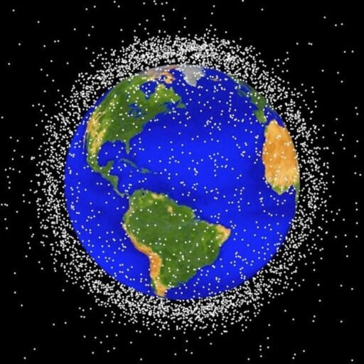 1398181013001-1764996 Gone to pieces: Trump administration hopes to track and limit the debris threatening the space industry
