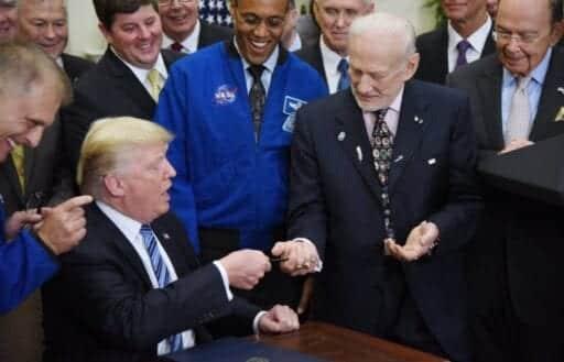 636344427003546172 EPA USA TRUMP SPACE 92061737 1