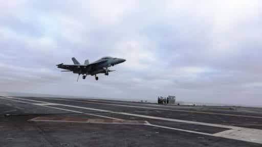 636649387041210592 Carrier landing photo Medill carriers 1