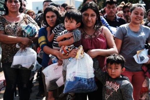 636656971589572781 GTY Immigrants