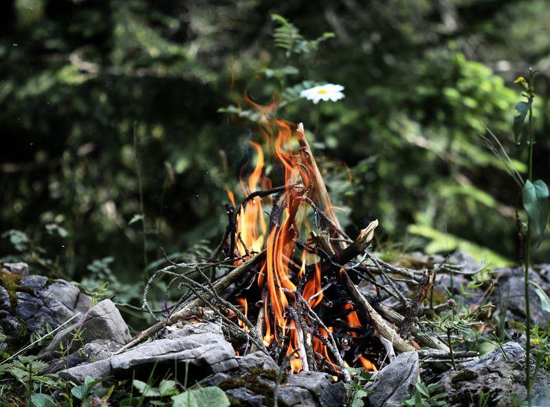 3834174961_8077d38d97_b Campfires, explained