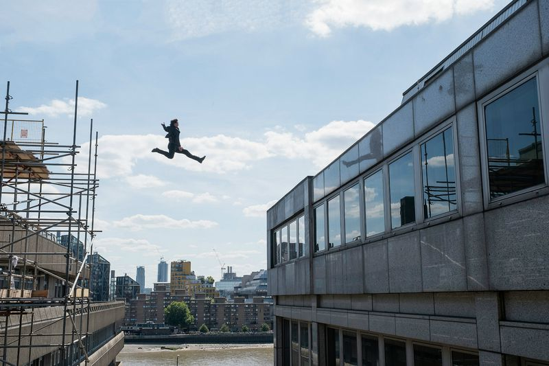 Tom Cruise leaps across buildings in Mission: Impossible - Fallout